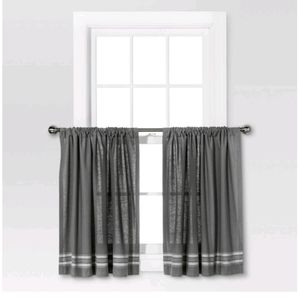Two Panels Light Filtering Curtain